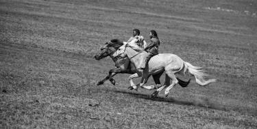 Naadam - Horse Racing di Caterina Cambuli e Gianbattista Battaini